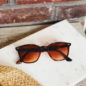 c2604f5604 🆕Elsa Rust Brown Tortoise Sunnies by AJ Morgan